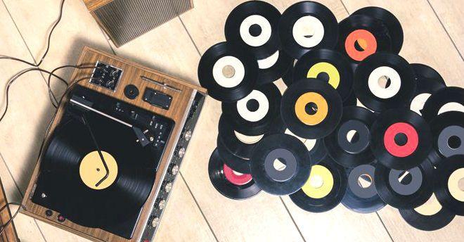Cd e vinili musicali
