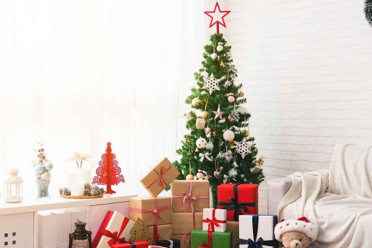 Albero Di Natale Jpeg.Albero Di Natale E Addobbi Natalizi Per La Casa Piuvenduti It